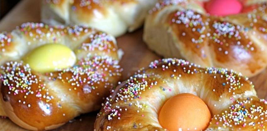 Italijanski velikonočni kruh z jajci